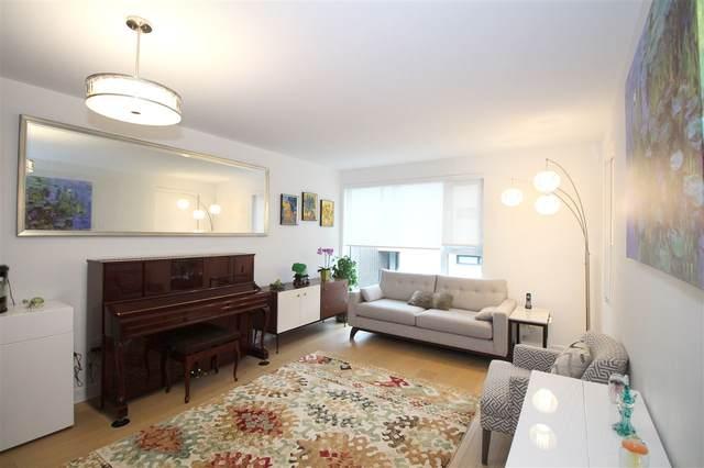 1571 W 57TH Avenue #613, Vancouver, BC V6P 0H7 (#R2512217) :: Initia Real Estate