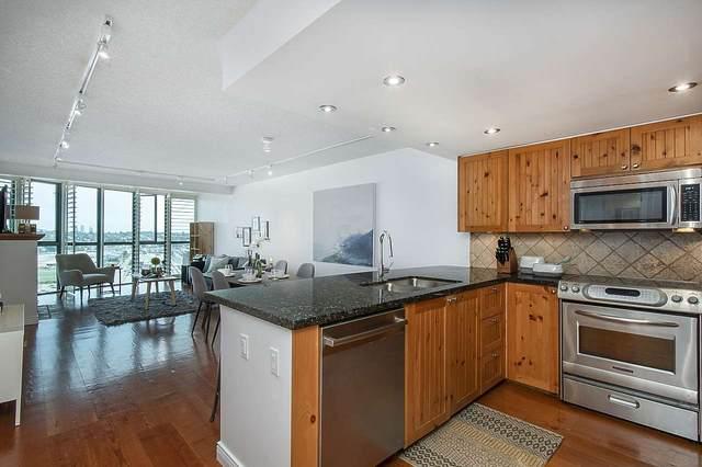 1128 Quebec Street #1802, Vancouver, BC V6A 4E1 (#R2512318) :: Initia Real Estate