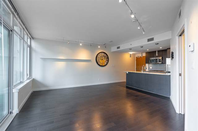 88 W 1ST Avenue #804, Vancouver, BC V5Y 0K2 (#R2512405) :: Initia Real Estate