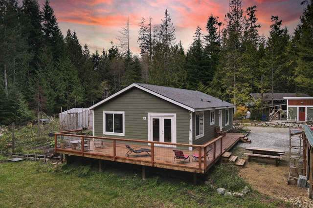 1751 Blower Road, Sechelt, BC V0N 3A1 (#R2512519) :: Initia Real Estate