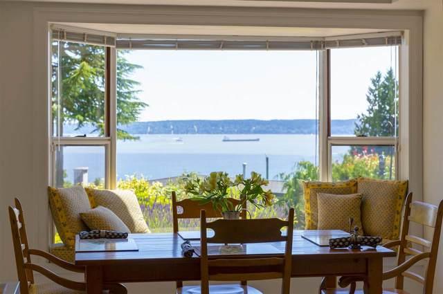 3160 Westmount Place, West Vancouver, BC V7V 3G3 (#R2512572) :: Initia Real Estate