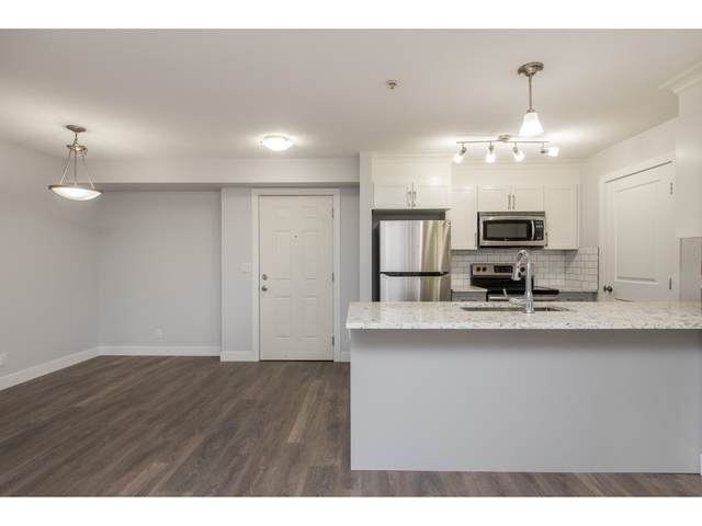 46289 Yale Road #216, Chilliwack, BC V2P 0B9 (#R2512634) :: 604 Home Group