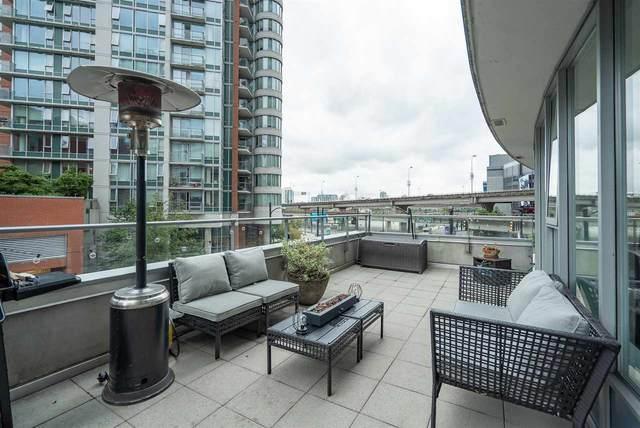 689 Abbott Street #202, Vancouver, BC V6B 0J2 (#R2512702) :: Initia Real Estate