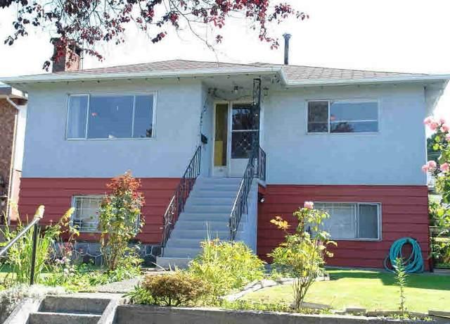 3220 E 14TH Avenue, Vancouver, BC V5M 2J6 (#R2520385) :: Homes Fraser Valley