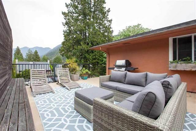 6440 Douglas Street, West Vancouver, BC V7W 2G2 (#R2524777) :: Macdonald Realty