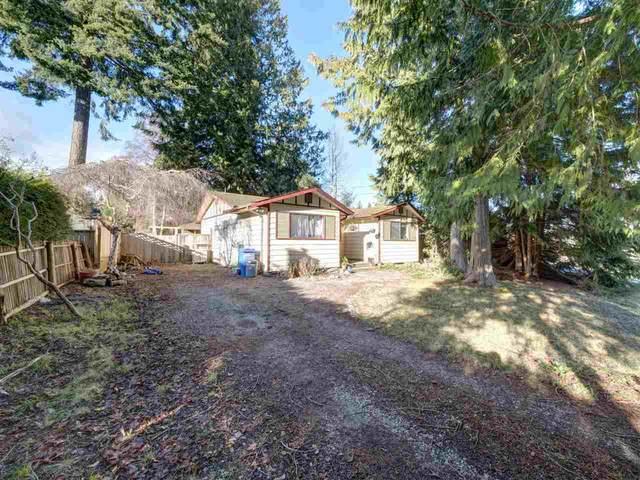 5669 Surf Circle, Sechelt, BC V0N 3A0 (#R2530445) :: Initia Real Estate
