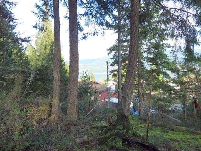 6151 Harbour Way, Sechelt, BC V0N 3A5 (#R2530969) :: 604 Home Group