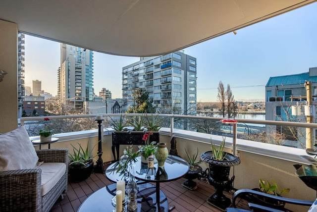 1406 Harwood Street #304, Vancouver, BC V6G 1X5 (#R2532168) :: RE/MAX City Realty