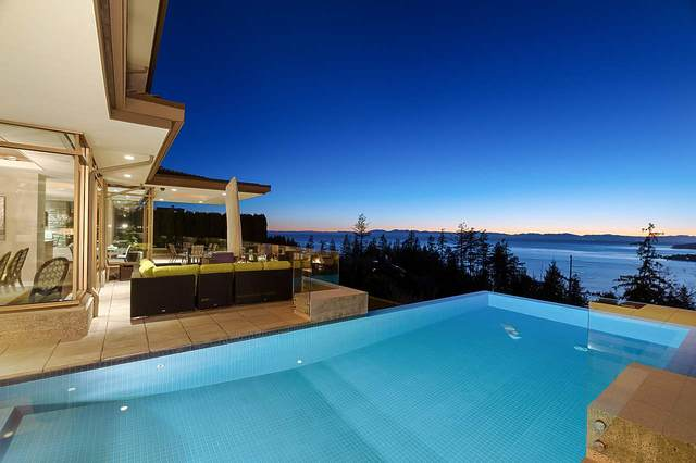 4982 Meadfeild Wynd, West Vancouver, BC V7W 3J9 (#R2532527) :: RE/MAX City Realty