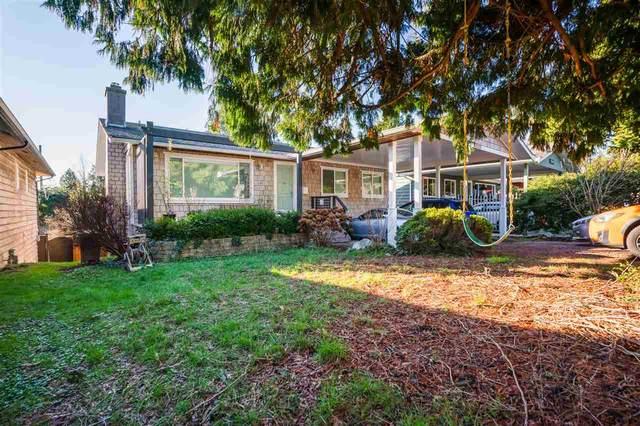 13748 Malabar Avenue, White Rock, BC V4B 2X9 (#R2532885) :: Macdonald Realty