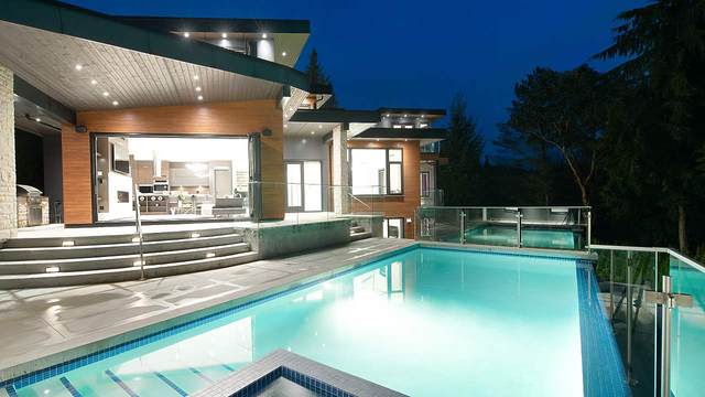 4110 Burkehill Road, West Vancouver, BC V7V 3M2 (#R2535532) :: RE/MAX City Realty