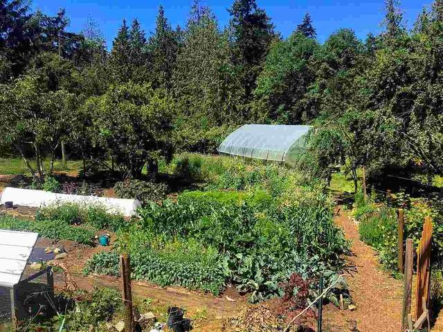 279 Penfold Road, Galiano Island, BC V0N 1P0 (#R2536412) :: Initia Real Estate