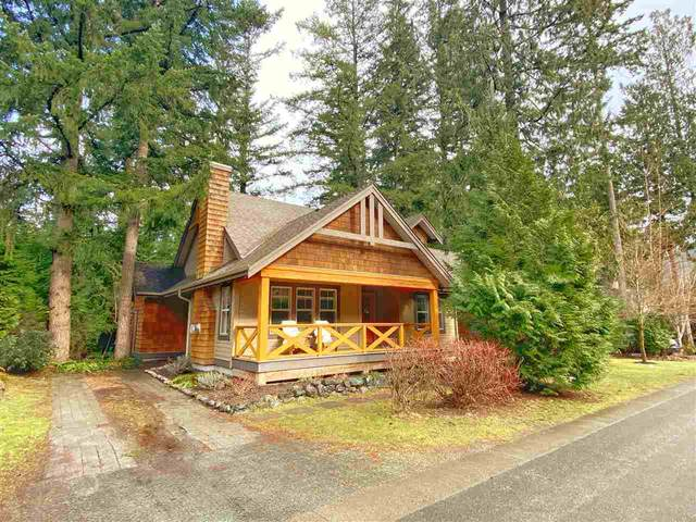 43565 Red Hawk Pass, Cultus Lake, BC V2R 0E1 (#R2540805) :: RE/MAX City Realty