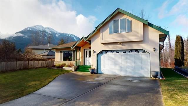 1014 Windsor Place, Squamish, BC V8B 0P3 (#R2542469) :: Macdonald Realty