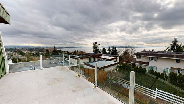 15502 Pacific Avenue, White Rock, BC V4B 1R7 (#R2543579) :: Macdonald Realty