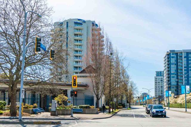6080 Minoru Boulevard #301, Richmond, BC V6Y 4A7 (#R2546353) :: Macdonald Realty