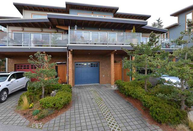 5372 Wakefield Beach Lane, Sechelt, BC V0N 3A8 (#R2546407) :: Homes Fraser Valley