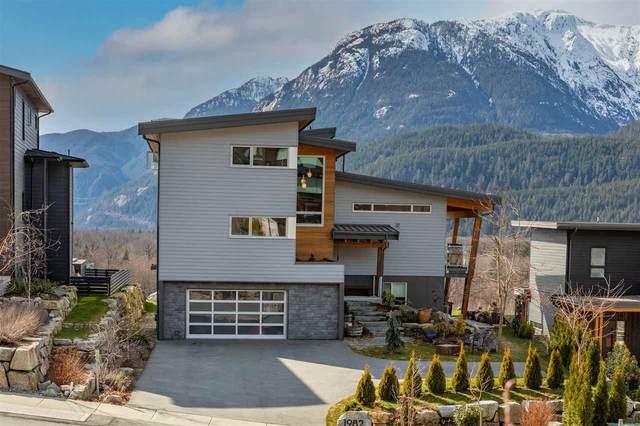1982 Dowad Drive, Squamish, BC V8B 0Y6 (#R2553692) :: Initia Real Estate