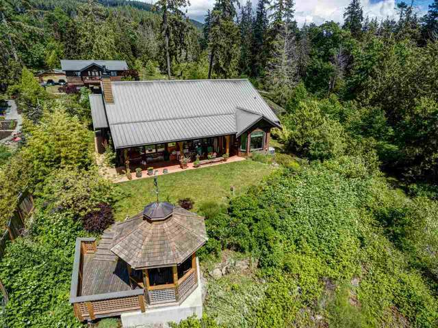 925 Arbutus Bay Lane, Bowen Island, BC V0N 1G2 (#R2555645) :: 604 Realty Group