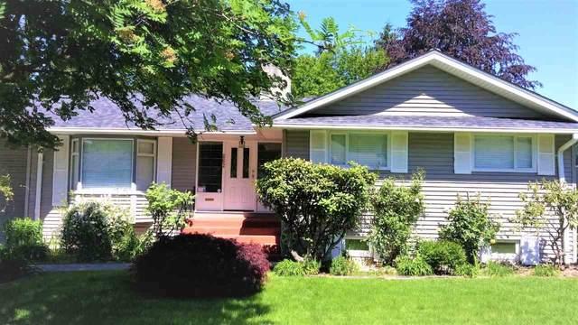 862 Thermal Drive, Coquitlam, BC V3J 6R6 (#R2558967) :: Premiere Property Marketing Team