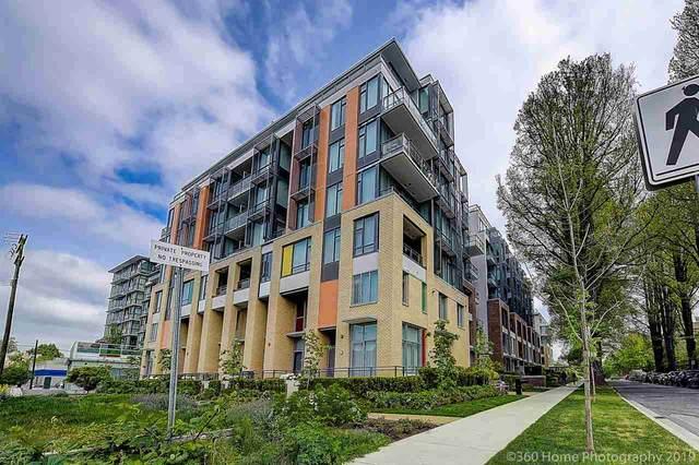 2033 W 10TH Avenue Ph 804, Vancouver, BC V6J 0H1 (#R2560927) :: Initia Real Estate