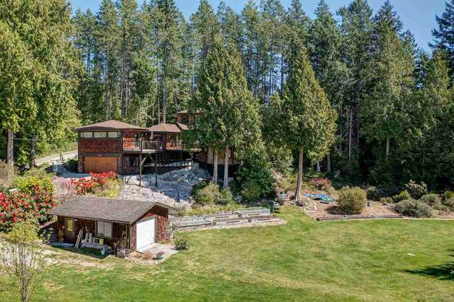 3185 Huckleberry Road, Roberts Creek, BC V0N 2W2 (#R2571072) :: RE/MAX City Realty