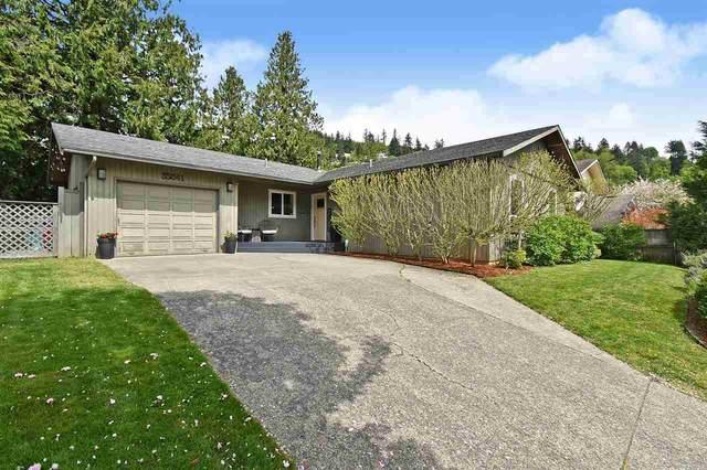 35041 Damson Avenue, Abbotsford, BC V3G 2B5 (#R2576427) :: Initia Real Estate
