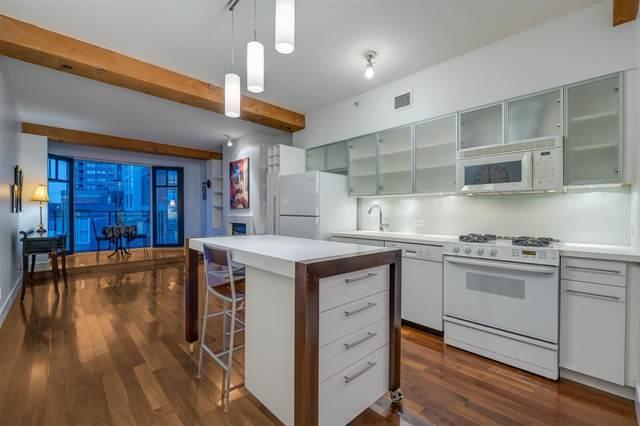 1275 Hamilton Street #303, Vancouver, BC V6B 1E2 (#R2576462) :: Initia Real Estate