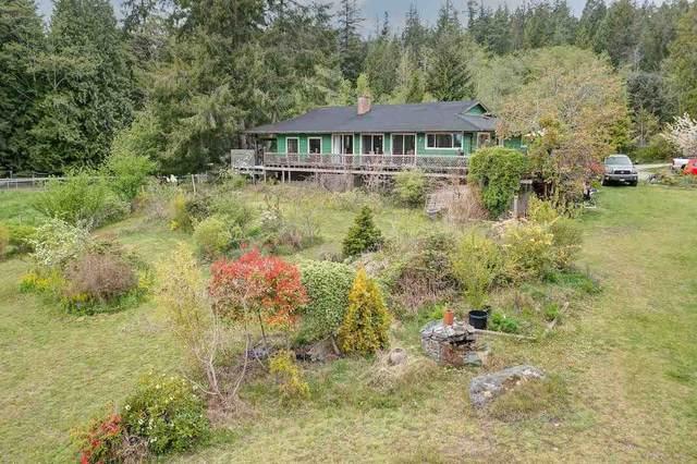 5875 Trout Lake Road, Halfmoon Bay, BC V0N 1Y2 (#R2577311) :: 604 Realty Group