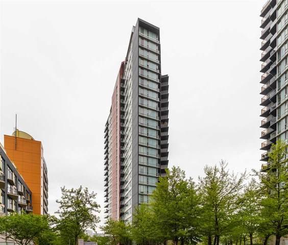 8 Smithe Mews #1802, Vancouver, BC V6B 0A5 (#R2577399) :: Initia Real Estate