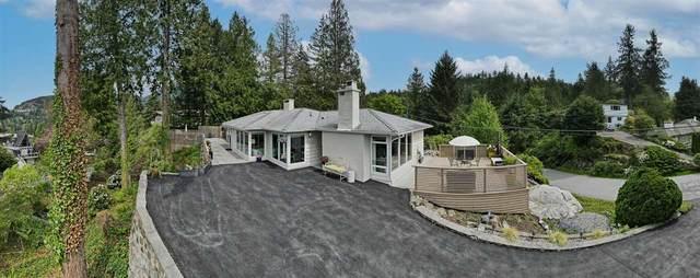 5485 Greenleaf Road, West Vancouver, BC V7W 1N5 (#R2577470) :: Initia Real Estate