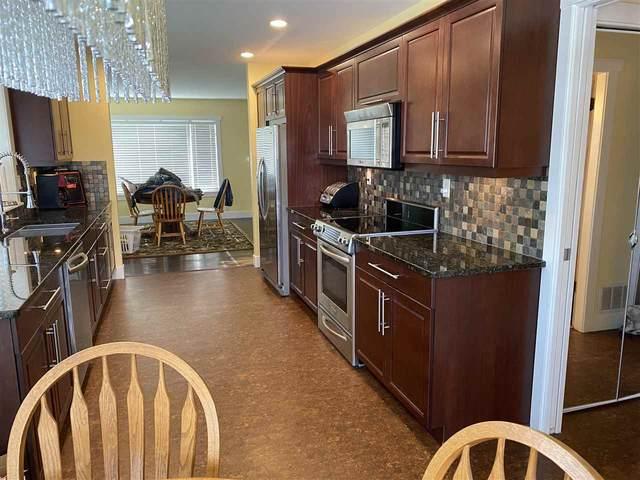 15611 Roper Avenue, White Rock, BC V4B 2G7 (#R2577672) :: RE/MAX City Realty