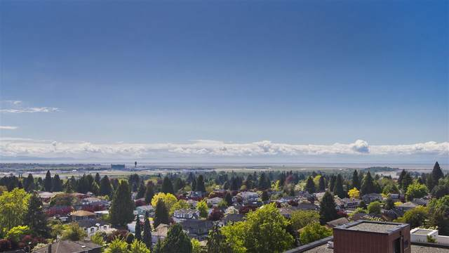 1561 W 57TH Avenue #1003, Vancouver, BC V6P 0H5 (#R2578716) :: RE/MAX City Realty