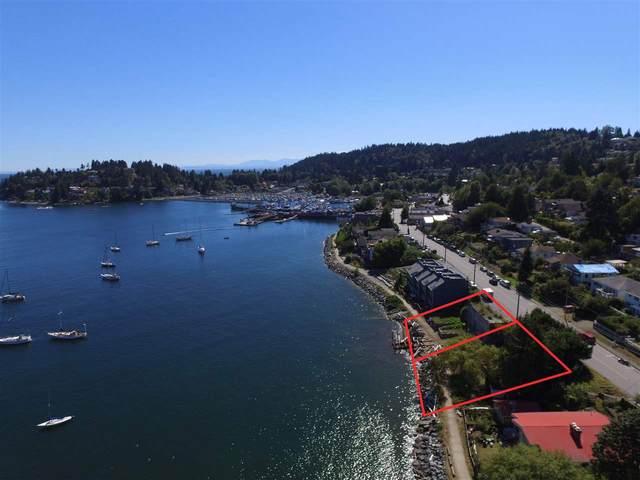 524 Marine Drive, Gibsons, BC V0N 1V1 (#R2580548) :: RE/MAX City Realty