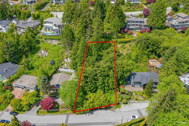 478 Craigmohr Drive, West Vancouver, BC V7S 1W6 (#R2582374) :: 604 Home Group