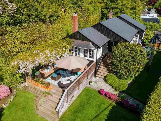 3051 Procter Avenue, West Vancouver, BC V7V 1G2 (#R2585631) :: Ben D'Ovidio Personal Real Estate Corporation | Sutton Centre Realty