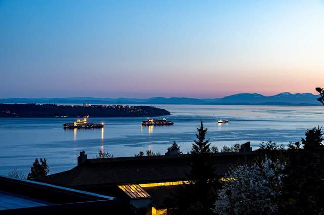 2250 Folkestone Way #21, West Vancouver, BC V7S 2X7 (#R2585867) :: Initia Real Estate