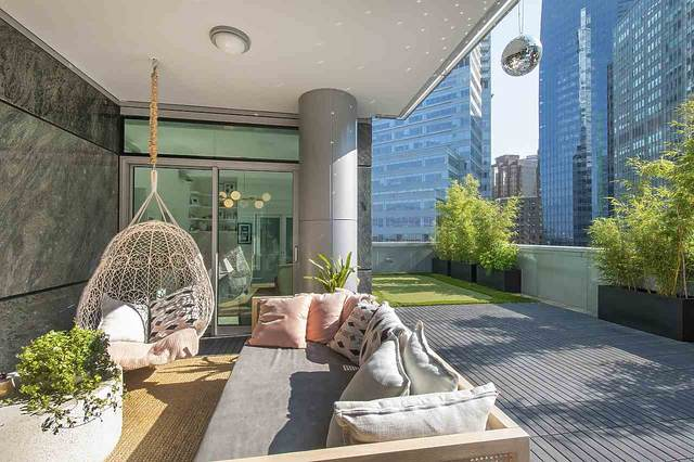 277 Thurlow Street #602, Vancouver, BC V6C 0C1 (#R2593721) :: 604 Home Group