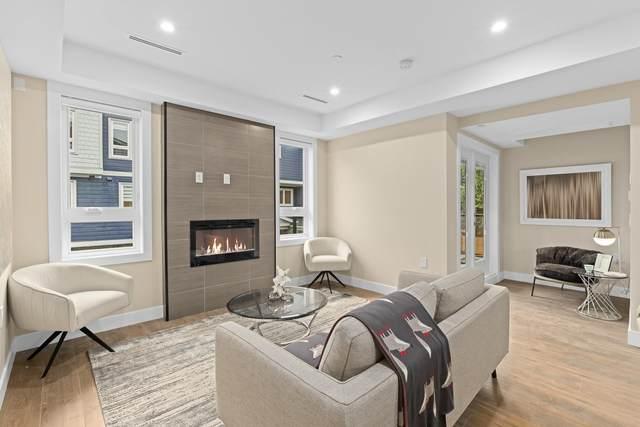 756 Forsman Avenue #4, North Vancouver, BC V7J 2G6 (#R2594072) :: Initia Real Estate