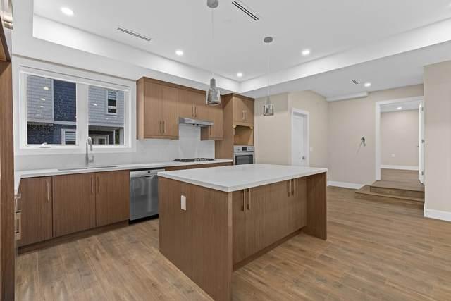 756 Forsman Avenue #7, North Vancouver, BC V7J 2G6 (#R2594074) :: Initia Real Estate