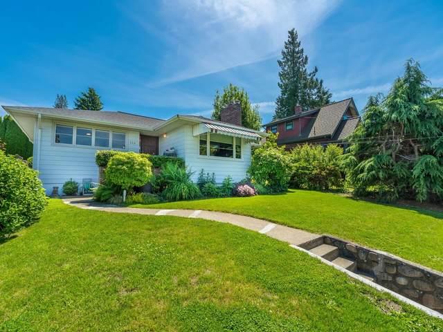124 Seventh Avenue, New Westminster, BC V3L 1W3 (#R2594619) :: Homes Fraser Valley