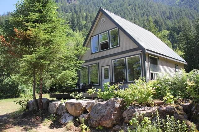 68261 Highway 3 Highway, Hope, BC V0X 1L5 (#R2596568) :: Initia Real Estate