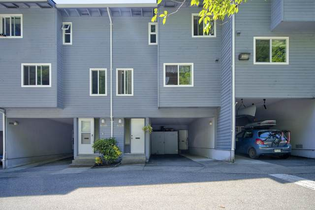 8328 Aspenwood Place, Burnaby, BC V5A 3V3 (#R2596782) :: Initia Real Estate