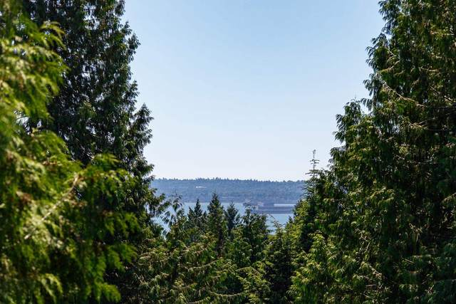 4726 Rutland Road, West Vancouver, BC V7W 1G7 (#R2596834) :: Ben D'Ovidio Personal Real Estate Corporation   Sutton Centre Realty