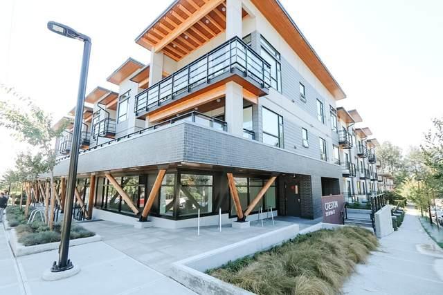 715 W 15TH Street #312, North Vancouver, BC V7M 1T2 (#R2598617) :: Initia Real Estate