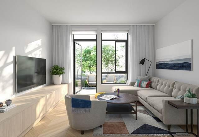6778 Oak Street Th4, Vancouver, BC V6P 3Z2 (#R2599466) :: Initia Real Estate