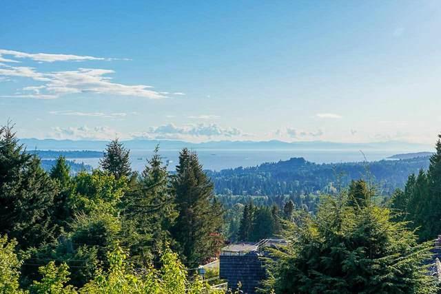 3955 St. Pauls Avenue, North Vancouver, BC V7N 1T4 (#R2600287) :: Initia Real Estate