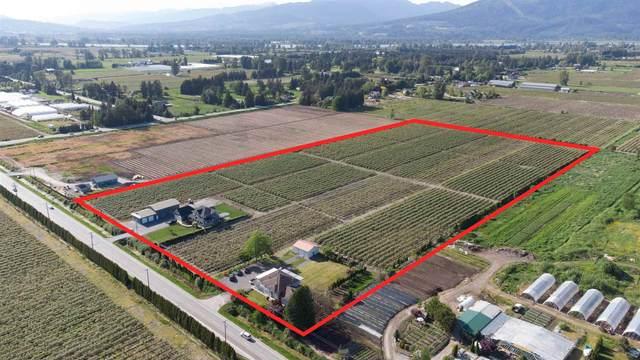 19393 Old Dewdney Trunk Road, Pitt Meadows, BC V3Y 2R8 (#R2600471) :: Initia Real Estate