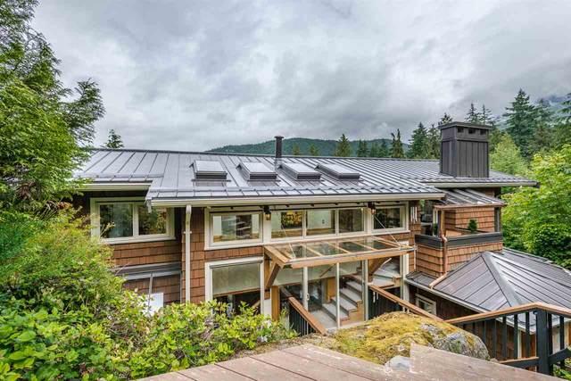 5520 Marine Drive, West Vancouver, BC V7W 2R5 (#R2600499) :: Premiere Property Marketing Team