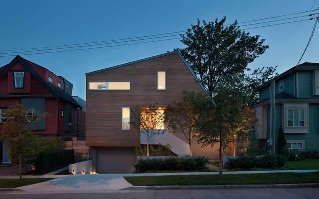 250 E 32ND Avenue, Vancouver, BC V5V 2Y3 (#R2600532) :: Ben D'Ovidio Personal Real Estate Corporation | Sutton Centre Realty